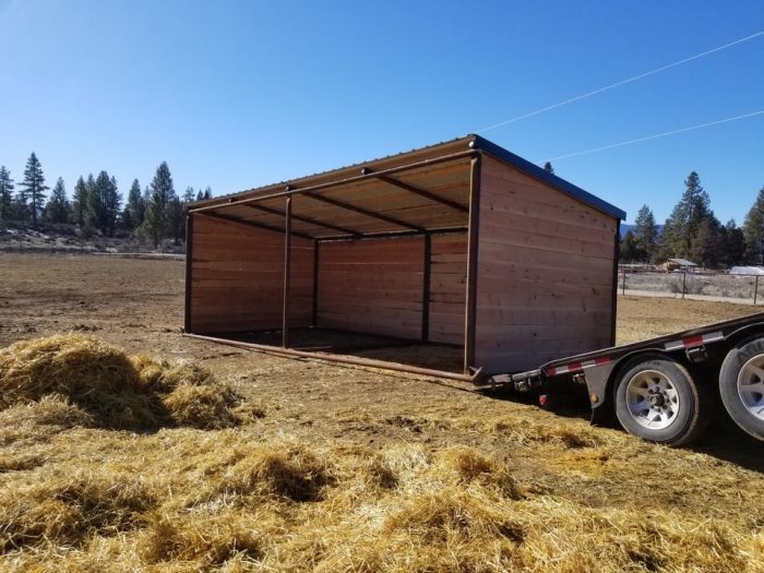 10x20 Loafing shed